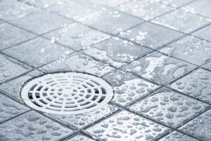 pressurized-cleaning-shower-drains